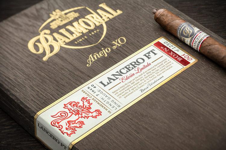Balmoral_Anejo-XO_Lancero-FT_Close-Up_RGB750